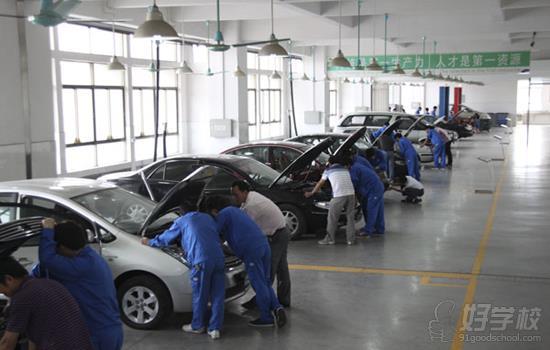 广州汽车检测维修专业高中起点4年技师 本科双学历班