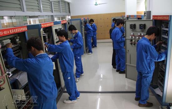 广州机电一体化(设备维修与v高中高中)专业高中北京方向排名图片