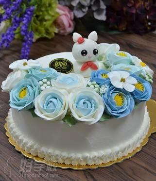 广州学蛋糕裱花师学费_广州学裱花要多久-广州