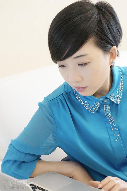 九城教育CEO靳琪