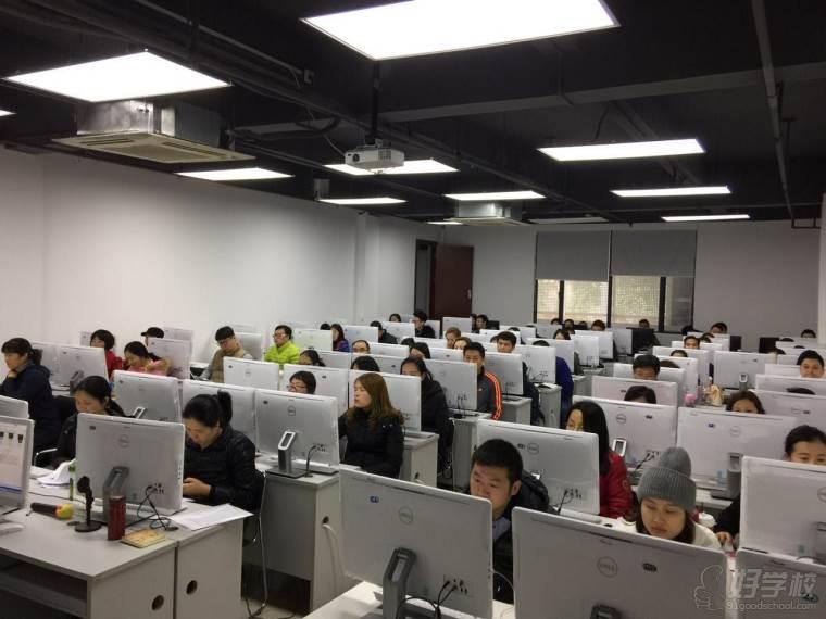 广州中鹏ui设计培训怎么样,学习效果如何