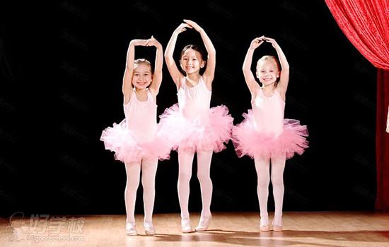 少儿学习舞蹈应该以快乐为本