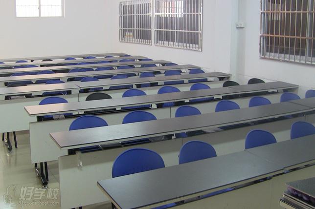 广州大学纺织服装学院课室