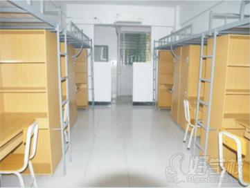 海南工商职业学院宿舍环境