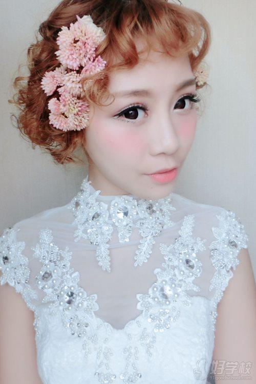 4,复古新娘妆发  5,韩式新娘妆发  6,日式新娘妆发  7,中式新娘妆发图片