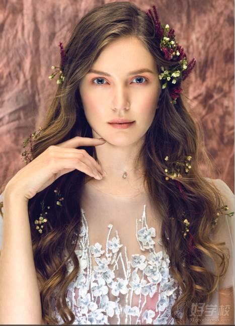 新娘整体妆容造型,艺人出场造型,海外跟妆,不同时尚杂志妆容,创意彩妆图片