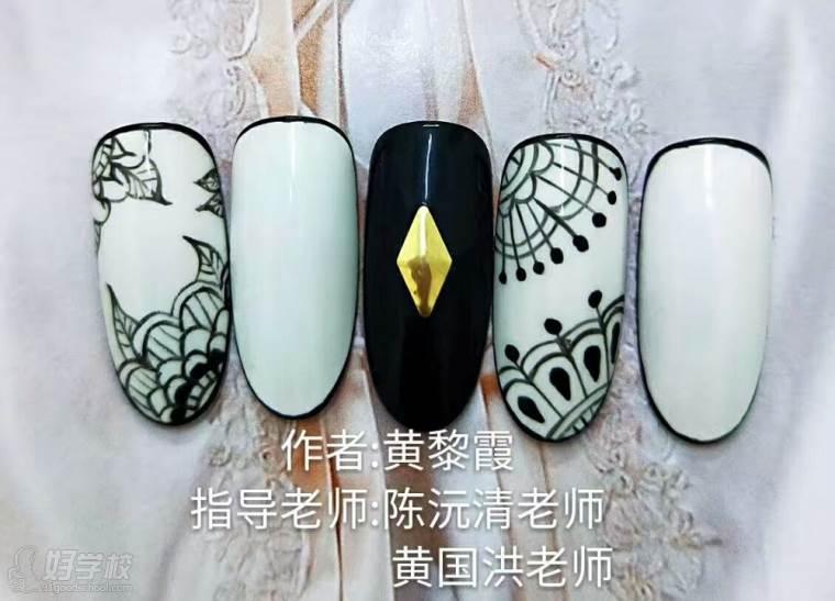 黑色指甲作品