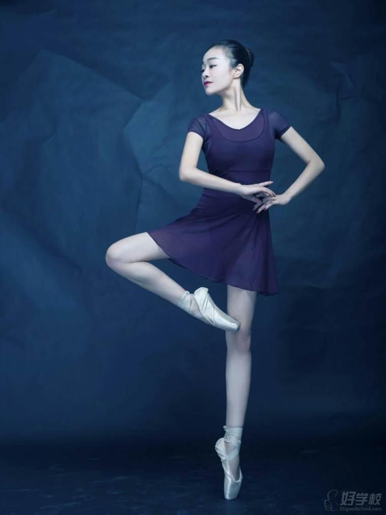 老师舞蹈图片素材