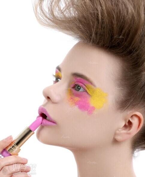时尚创意妆