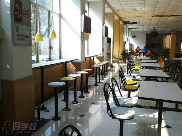 上海树东服装设计研究院食宿环境