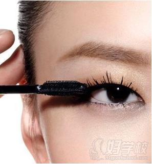 化妆眼影颜色搭配图片