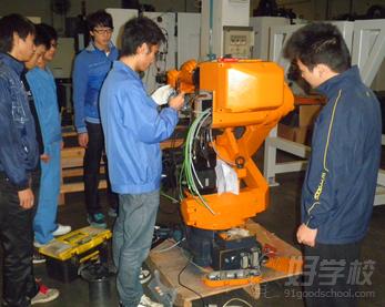 广州工业机器人机械与电气装调培训班