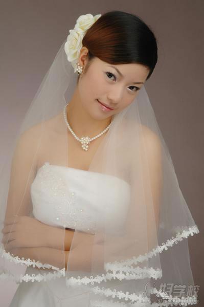 广州现代新娘妆整体造型提升班