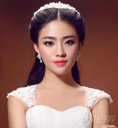 影楼婚纱  影楼外景自然美妆  室内摄影新娘  韩式新娘三大主题  欧式